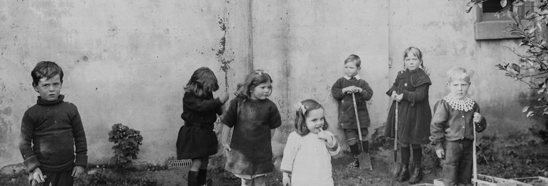 Black and white photo of kindergarten children