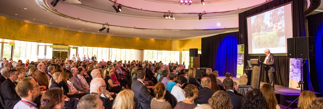 photo of graeme davison speaking at last year's victorian community history awards event