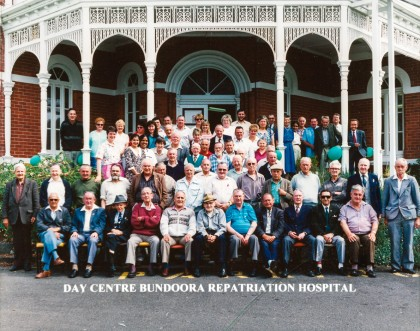 Day Centre Bundoora Repatriation Hospital. Patients and staff last group photograph at Bundoora Homestead, 1993