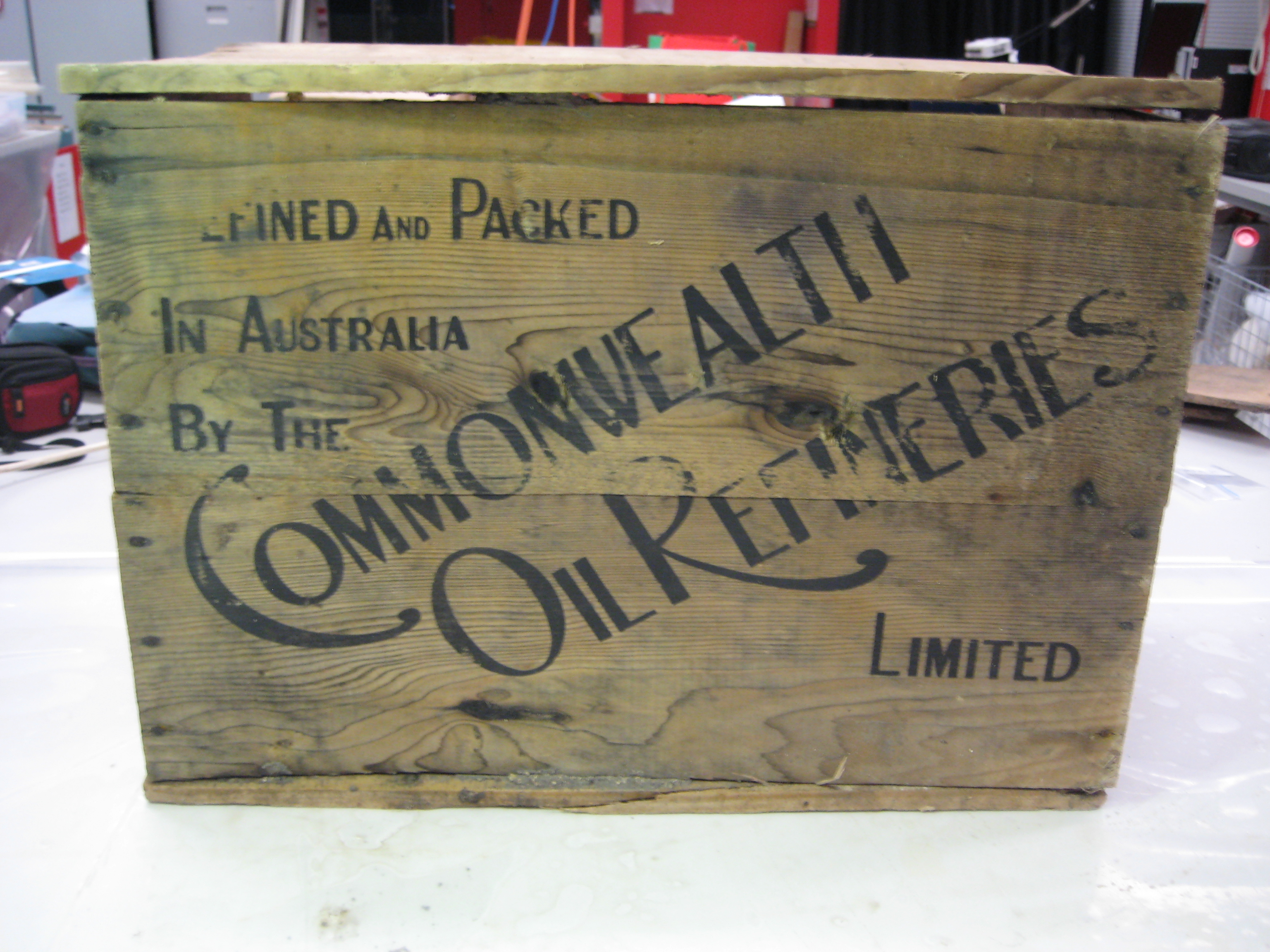 commonwealth old box