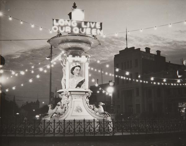 black and white photo of decorations in Bendigo with the words Long Live Our Queen