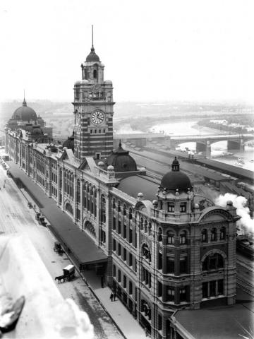 Black and white image of Flinders Street Station